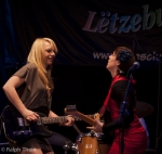 Blues Caravan 2012 - More girls with guitars ... !